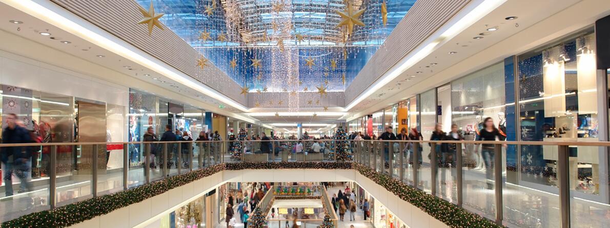 bigstock-Christmas-Shopping-Mall-3967357