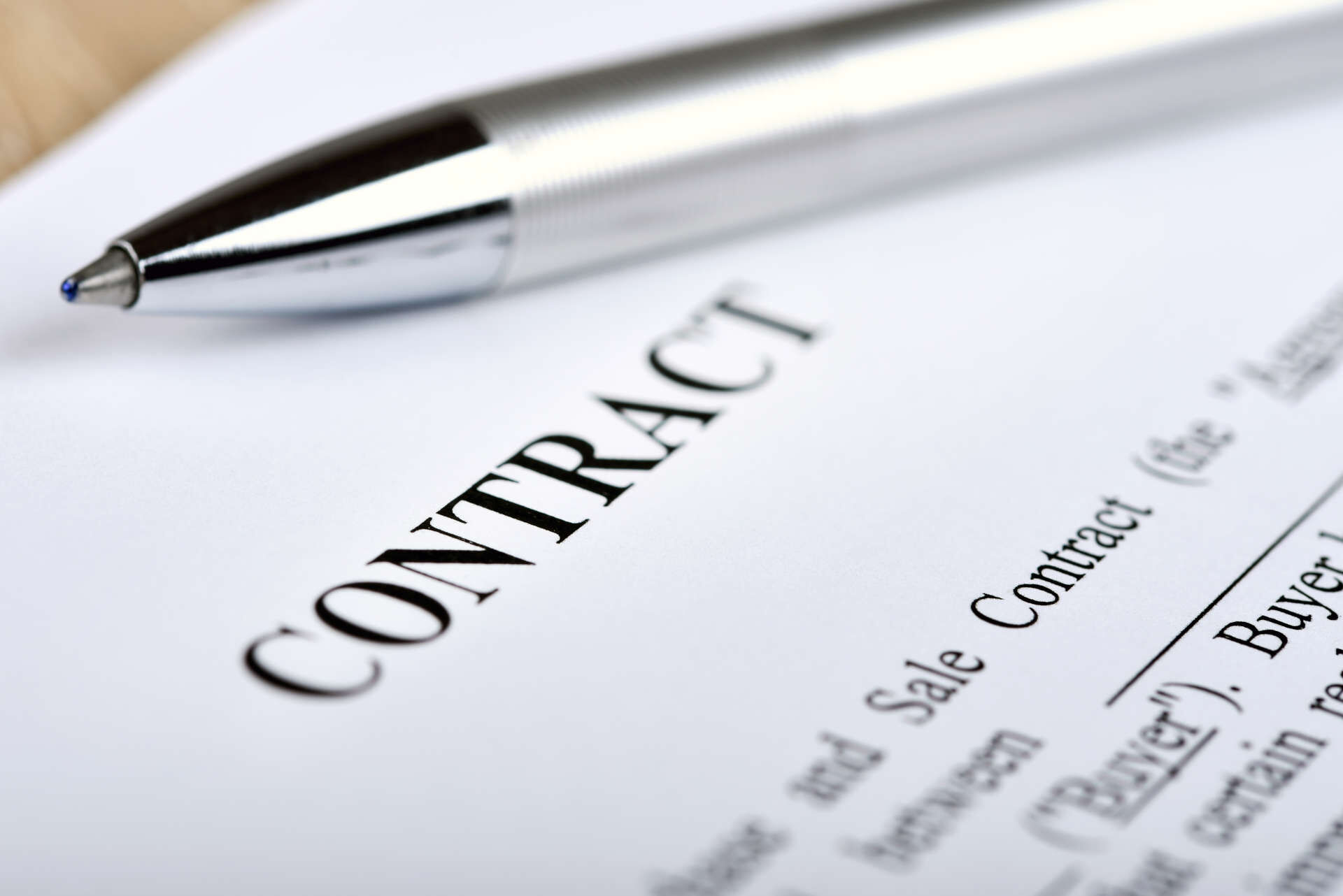 Contract-Benchmarking