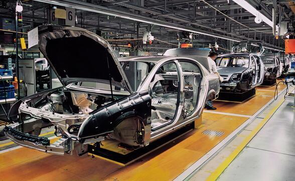 Governance-CRM-Automotive
