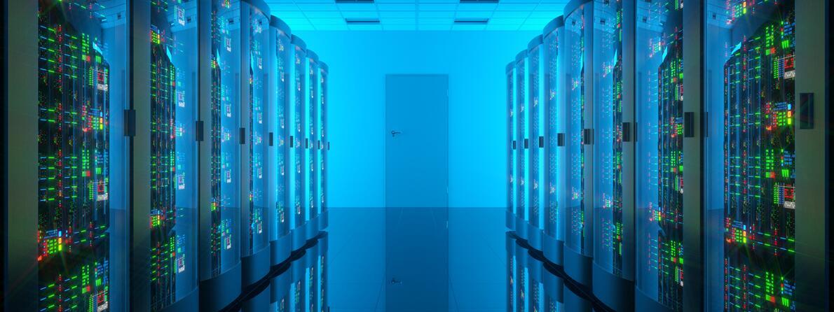 iStock-528061528 datacenter 2
