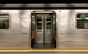 iStock-583996752 subway