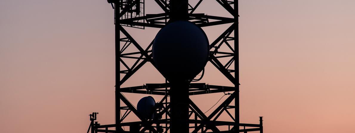 iStock-625688936 cell tower