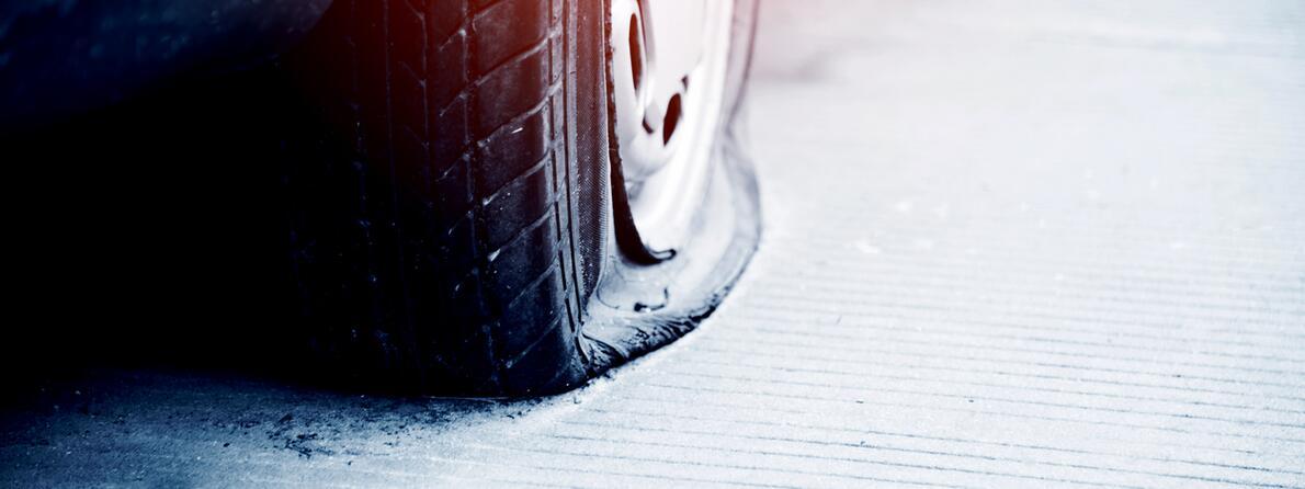iStock-636881084 flat tire